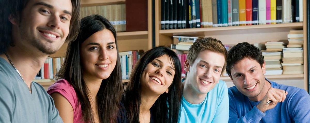 slide-img-estudiantes-1